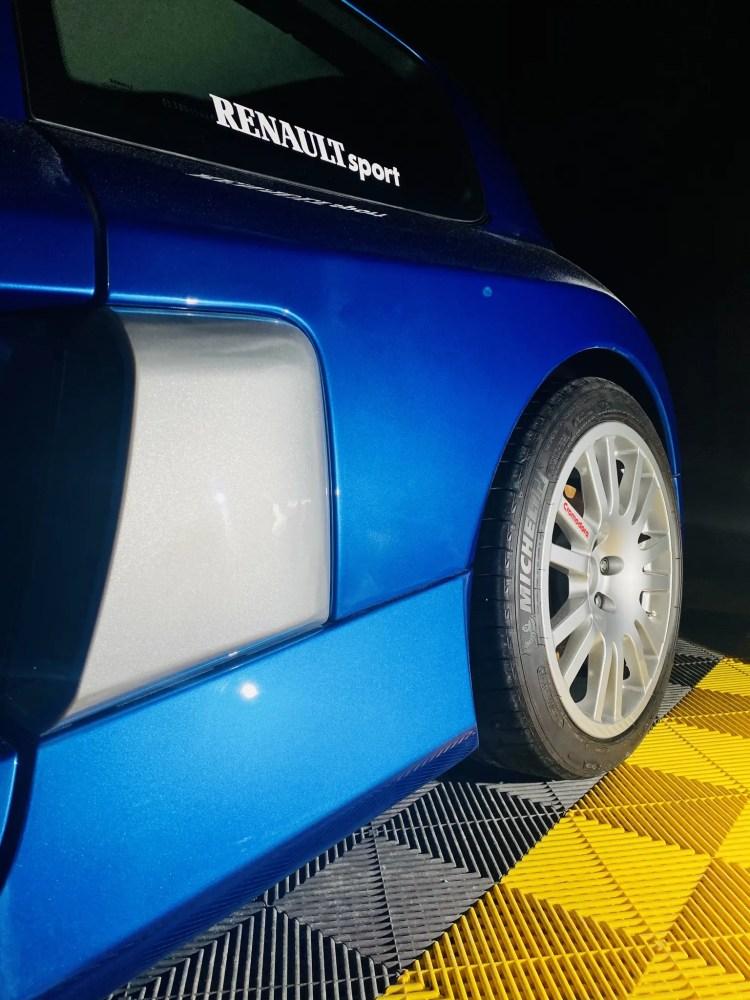 clio v6 en detailing pres de nantes full excellence autos 44