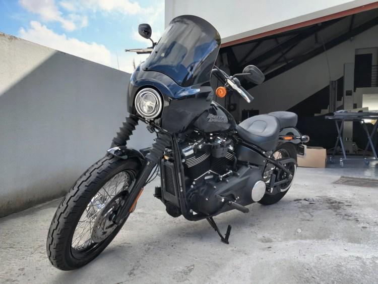 lavage et lustrage Harley davidson Street Bob 2019