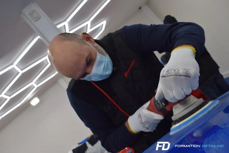 polissage avec machine professionnelle flex par v-cars detailing