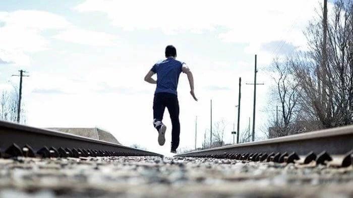 Lari Dari Kematian