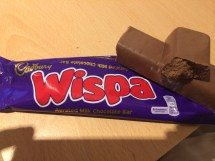 This bar was really aerated, almost like a 3 Musketeers but not as creamy.
