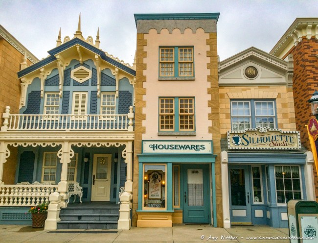 The cute shops of Main Street!