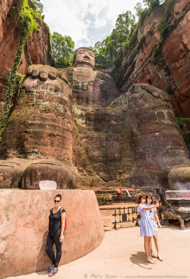 This gives you a sense of scale - that's the big toe of the Giant Buddha above my head!