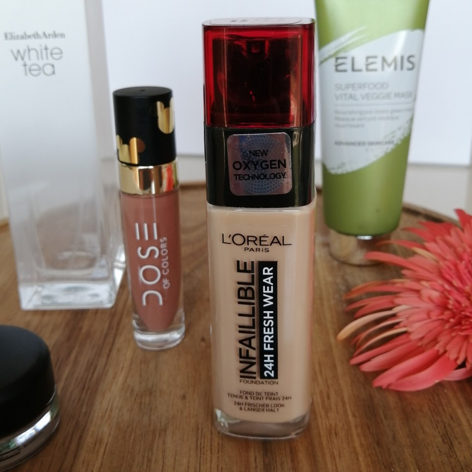 L'Oreal Freshwear Foundation