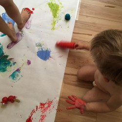 messy-paint-play-2