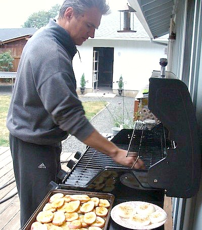 Cooking grilled potato planks