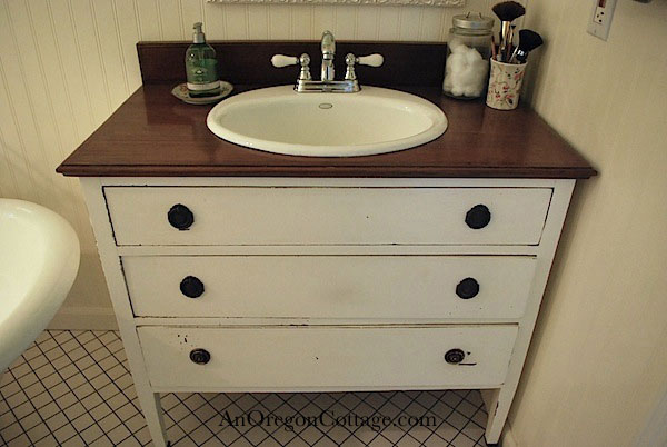 How to make Dresser to vanity