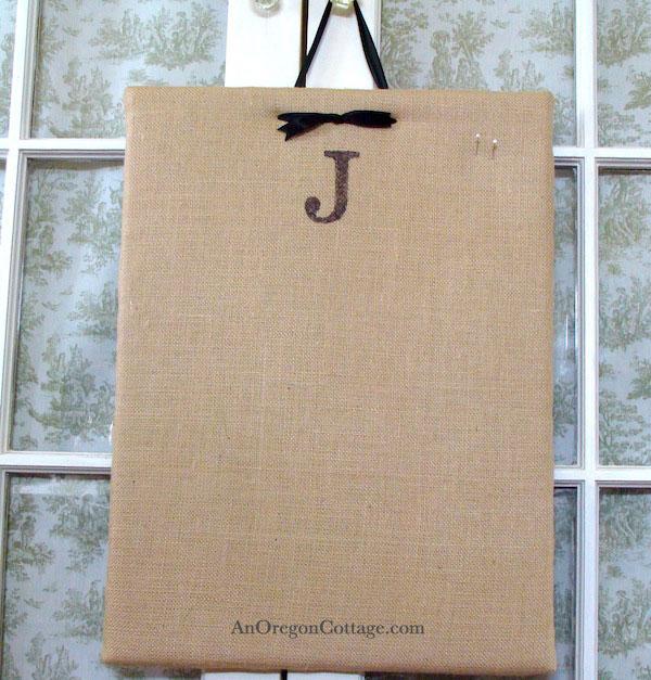 monogram-burlap-corkboard