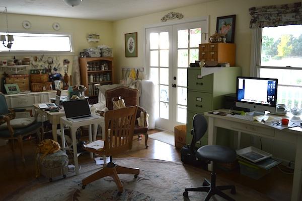 multi-use-workroom during floors