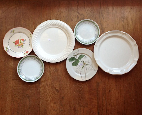 Thrift store plates for wall- An Oregon Cottage