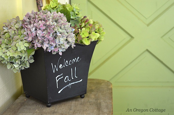 Hydrangea in chalk pot :: An Oregon Cottage