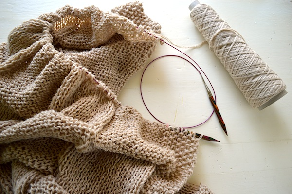 Quick Knitted Throw Materials