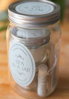 Homemade Spa Gift in a Jar -31 Days of Handmade Gifts