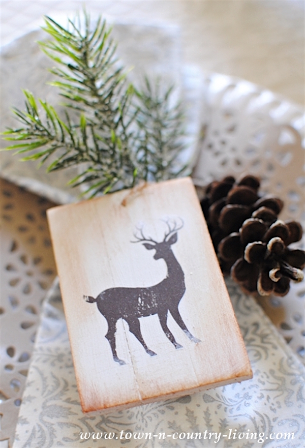 diy-wooden-christmas-ornaments-at-town-and-country
