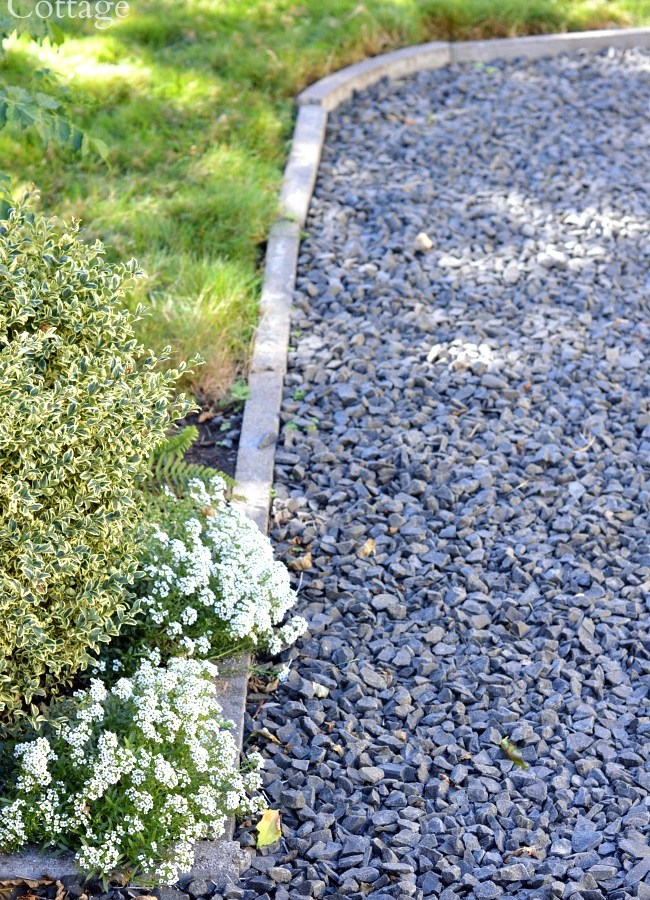 Cement Garden Edging-curved gravel walkway