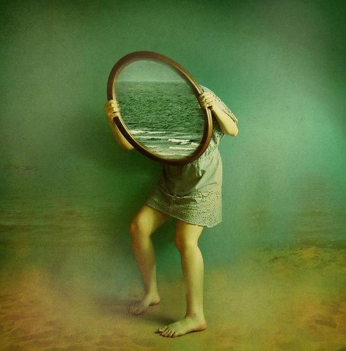 Ο καθρέφτης της εξουσίας