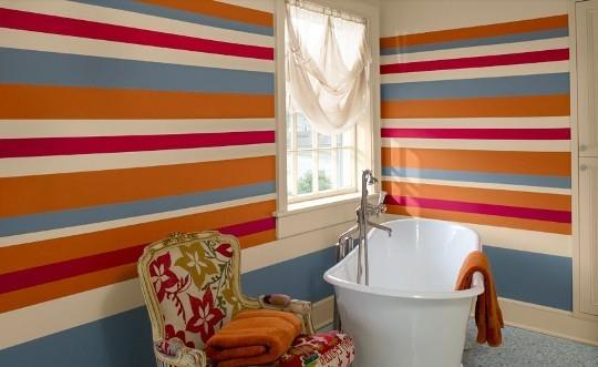 Usar cor na decoração da casa de banho