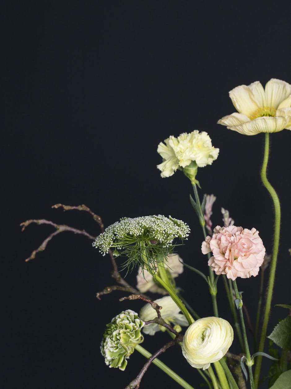 Anyone Can Create These Pretty Floral Arrangements