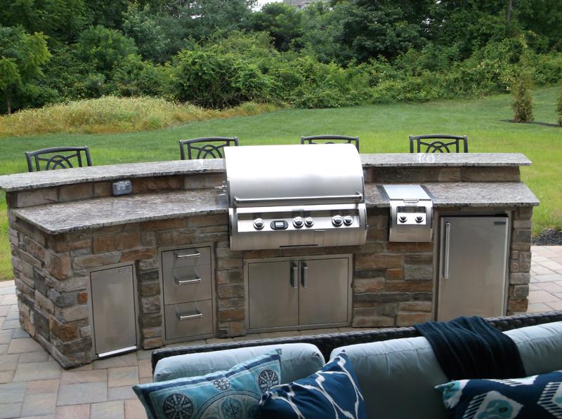 outdoor deck and patio kitchen designer