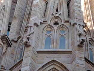 barcelona-weekend-sagrada-familia-lizards