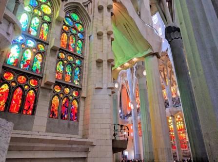 barcelona-weekend-sagrada-familia-stained-glass