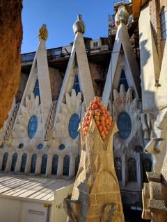 barcelona-weekend-sagrada-familia-tower-detail