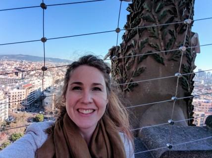 barcelona-weekend-sagrada-familia-tower-solo-travel
