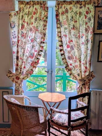 Monet Giverny living room chairs