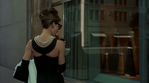 Audrey-Hepburns-style-in-Breakfast-at-Tiffanys