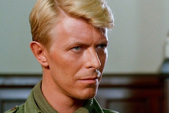 La-television-celebre-David-Bowie_article_landscape_pm_v8