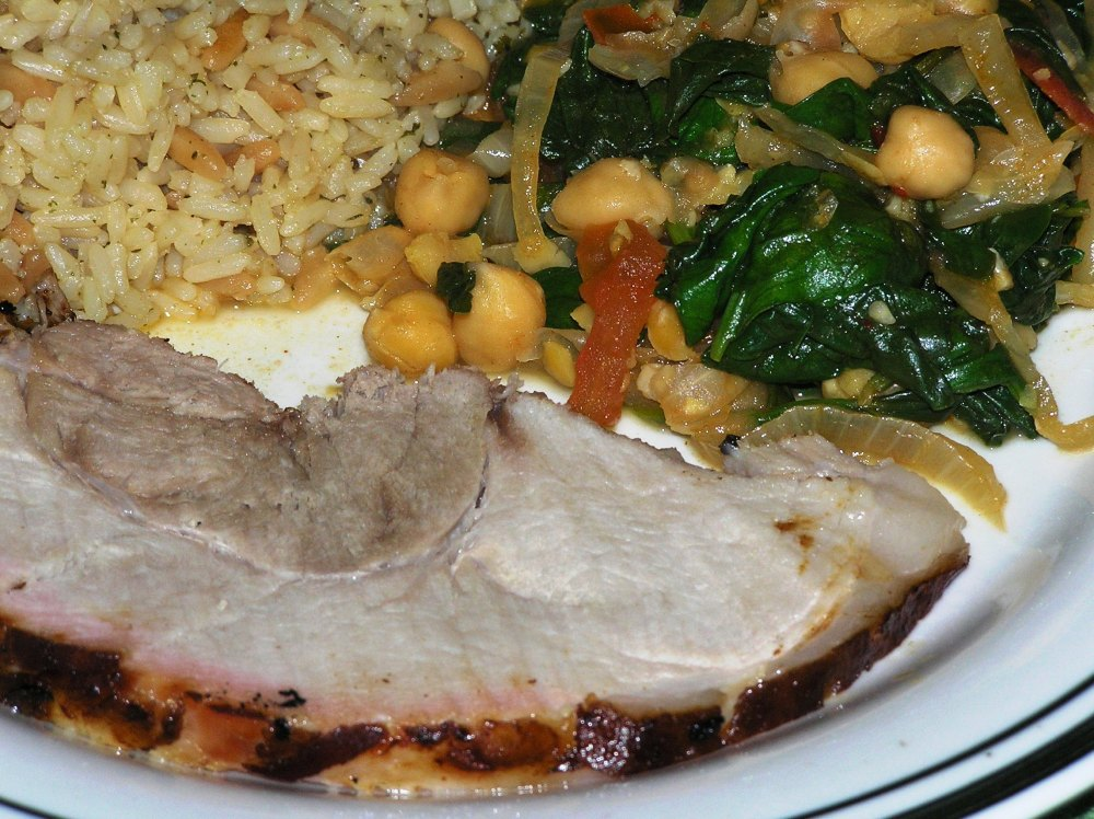 Paprika Spinach and Garbanzo Beans with Brined Smoked Pork Roast (2/3)