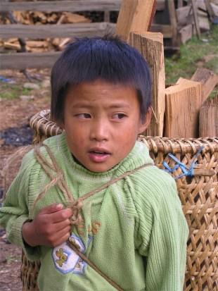 Porter, Phobjika valley, Bhutan