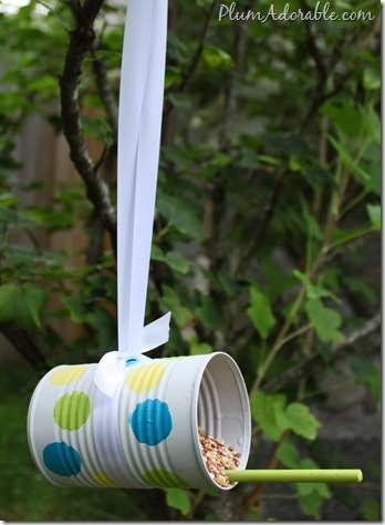 DIY Bird Feeder from Plum Adorable