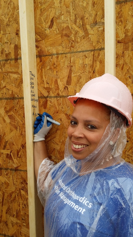 Maria expresses her gratitude for her house with a hand written note. photo credit: Habitat for Humanity