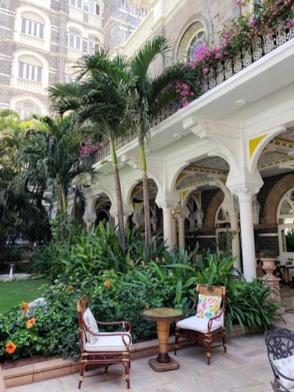 mumbai-india-travel-guide-5-835x1113