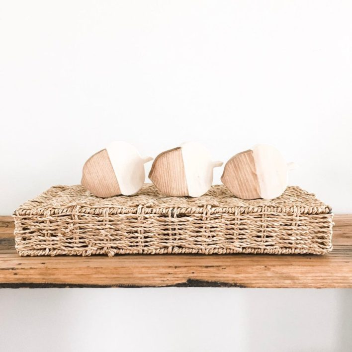 Wooden Acorn Table Decor