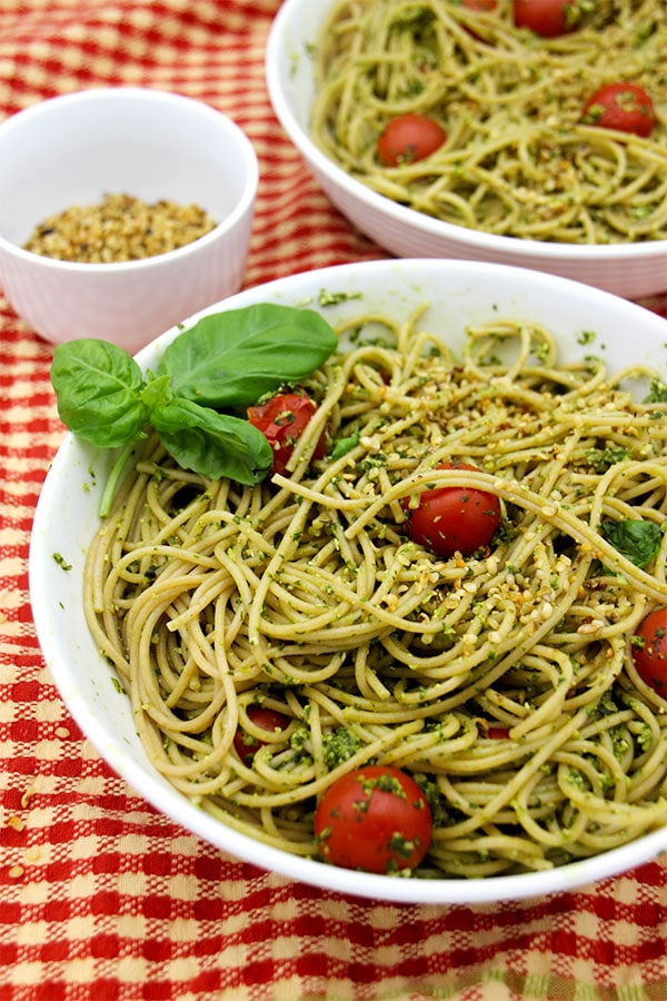 pesto-and-hemp-parmesan-spghetti