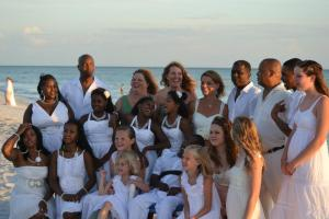 Eight sets of sisters made up the wediing party at Kathy's awesome nuptiials last June in Florida.