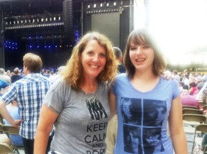 A nice pre=concert shot of Molly, Me and the sweaty finger of the person taking this picture.