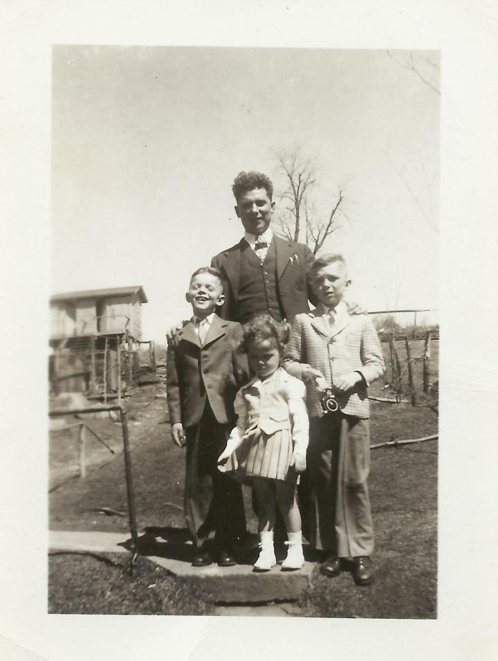 Pap, Ronnie Martha, George