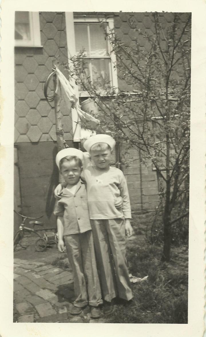 Ron Kostelnik Jimmy Melnyk in Charlie's sailor hat