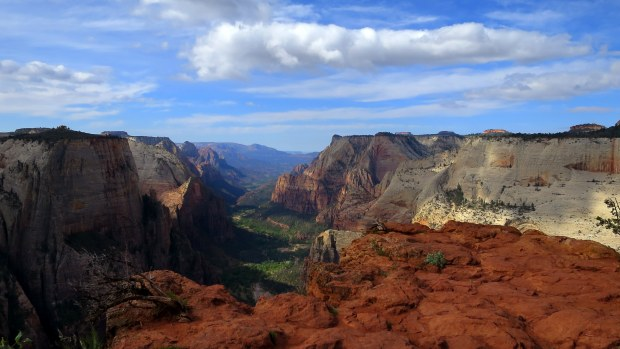 Approaching Observation Point, Zion National Park, Utah