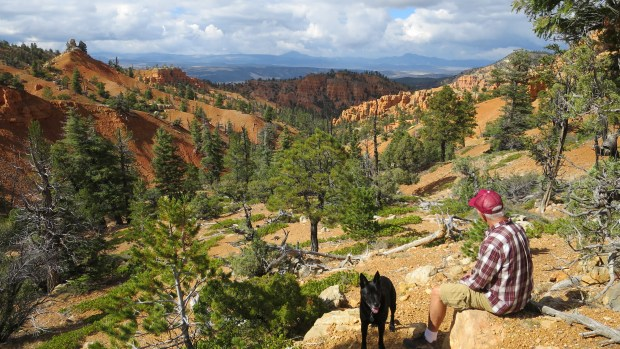 Snack break on the Golden Wall Trail, Red Canyon, Dixie National Forest, Utah