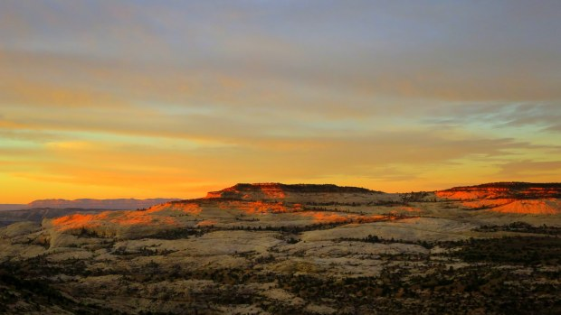 Sunrise the next morning near Upper Calf Creek Trailhead, Grand Staircase-Escalante National Monument, Utah