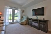 Garden Suite Living Room2