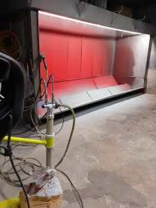Powder coating painting chamber