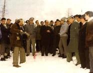 1979 - Il cpitano Enzo Climinti illustra al Ministro Malfatti la fase delle esercitazioni del soccorso Alpino delle Fiamme Gialle