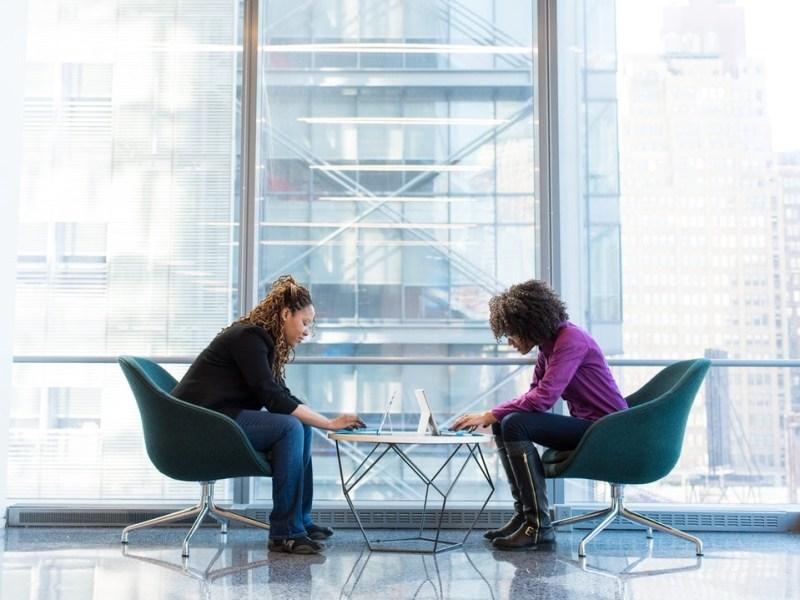 Come scegliere il contratto collettivo - firma accordo