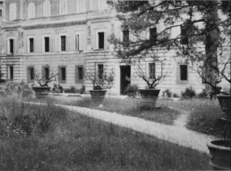 Villa Giustiniani Bandini vista dal giardino