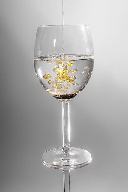 glass-101666_640